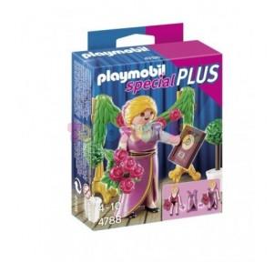 Mujer con premio Playmobil