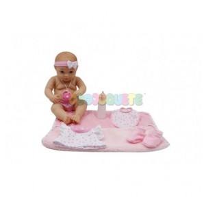 Muñeco bebé acostado manta,...