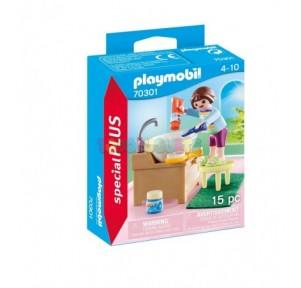 Niña con lavabo Playmobil