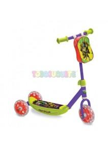 Primer patinete 3 ruedas...